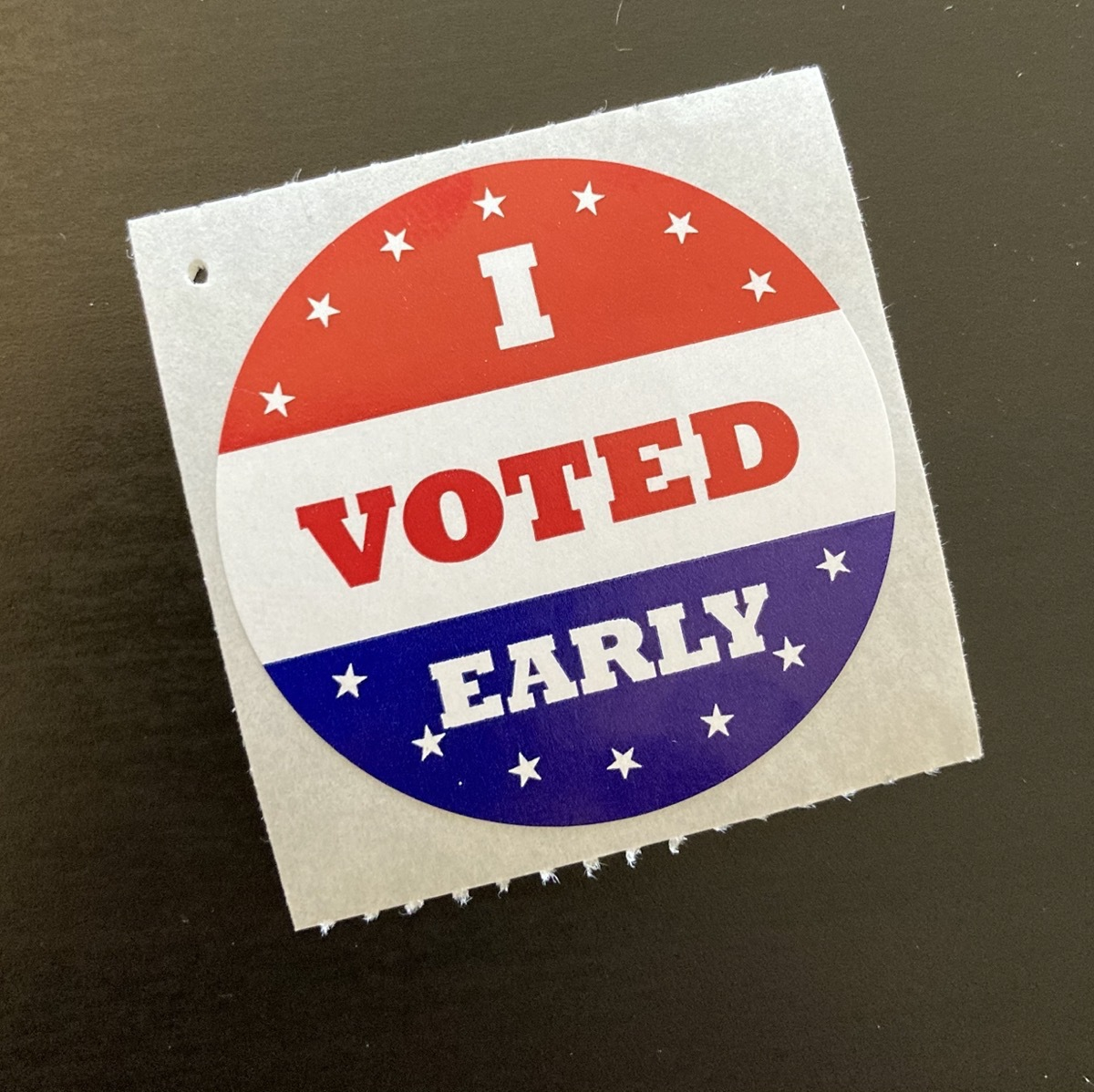 A sticker that reads I Voted Early